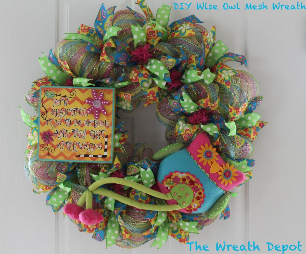 Diy deco mesh ribbon wreath wise owl diy wreath ideas round